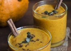 A Healthy Pumpkin Protein Smoothie. It is the perfect fall and winter drink-- with of protein! Vegans and Paleo Lovers rejoice! Eat for breakfast or as a snack. Click pin for recipe! Pumpkin Protein Smoothie, Protein Smoothie Recipes, Yummy Smoothies, Yummy Drinks, Healthy Drinks, Yummy Food, Fall Recipes, Snack Recipes, Dessert Recipes