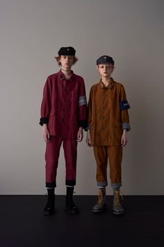 See the complete Undercover Spring 2018 Menswear collection.