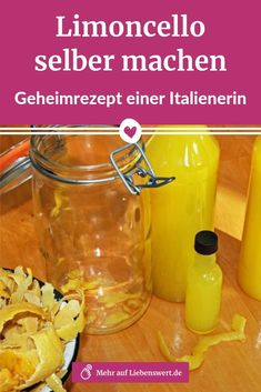 Limoncello-Rezept: Eine Italienerin verrät ihr Geheimnis Limoncello tastes like a holiday – and can be easily made with this recipe! In a book, Mamma Carlotta now reveals Italian secret recipes for lemon liqueur and more. Limoncello Cocktails, 1200 Calorie Diet, 1200 Calories, Lemon Liqueur, Restaurant Style Salsa, Homemade Salsa, Raspberry Lemonade, Cocktail Making, Sweets