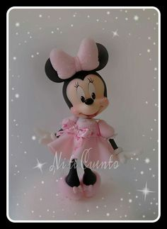 Minnie Minnie Mouse Birthday Theme, Mickey And Minnie Cake, Mickey E Minie, Mickey Cakes, Baby Birthday Cakes, Baby Girl Cakes, Minnie Mouse Cake, Fondant Figures, Clay Figures
