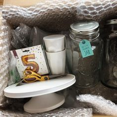 Yay for mail day! Absolutely in love with the contents of this huge huge parcel from #HEMA What are your favorite home decor online stores right now? Let me know!  #blogcomingsoon #everythingemeraldblogcomingsoon #everythingemeraldblog #cakestand #masonjars #goldscissors