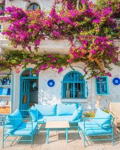 Kalkan Kalkan / Kaş / Antalya Kalkan is today an important holiday route . Outdoor Spaces, Outdoor Living, Outdoor Decor, Beautiful Gardens, Beautiful Homes, Wonderful Places, Beautiful Places, Greek Decor, Greek House