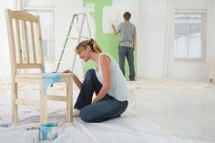 Také se vám zdá být váš nábytek zašlý a nudný? Zkuste jej vylepšit a zrenovovat…