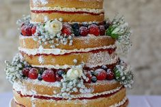 Naked Victoria sponge, three tier wedding cake with baby's breath & roses from Nom Noms cupcakery in Nailsworth, Stroud. Delicious!!!