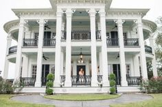 50 most popular dream house exterior design ideas 7 , Southern Plantation Homes, Southern Plantations, Southern Mansions, Classic House Design, Modern House Design, Dream House Exterior, Dream House Plans, Villa, Luxury Homes Dream Houses