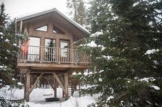 Dormir dans une cabane dans les arbres au Québec (Detour Local) -> La vue de Laseth notre cabane en bois parfaite pour se perdre dans les bois québécois www.detourlocal.com/dormir-dans-cabane-dans-les-arbres-au-quebec/