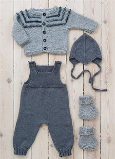 Next Previous Baby overall in Sandnesgarn Duo. The other items in the picture are also available in the booklet but are to be listed separately on Ravelry. Next Previous Nr 7 Sparkebukse pattern by Sandnes Design erkek bebek gri füme örgü takım Source Baby Knitting Patterns, Baby Boy Knitting, Knitting For Kids, Baby Patterns, Free Knitting, Knitting Projects, Baby Dungarees, Baby Jumpsuit, Baby Dress