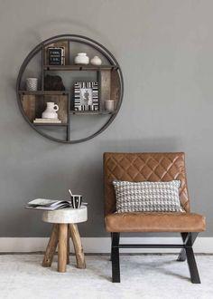 U vindt bij ons in de hele winkel een grote collectie accessoires van o.a. Henders & Hazel en Xooon. Alle kamers zijn volledig afgestyled met accessoires in diverse stijlen en trends van vazen, schalen en kaarsen tot karpetten, huiden en sierkussens. Ook de collectie sierkussens wordt elk seizoen ge-up-date. Interior Inspiration, Design Inspiration, Muebles Living, Love Home, Living Room Chairs, Industrial Furniture, Home And Living, Living Room Designs, Decoration