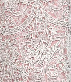 oh - i would give anything for a piece of this lace - just screaming for some serious embellishing!