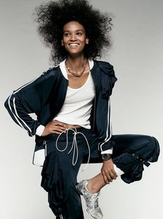 4cf351e5c24f8 The 37 best curly hair moments of all time — Liya Kebede Body Sculpting  Workouts,