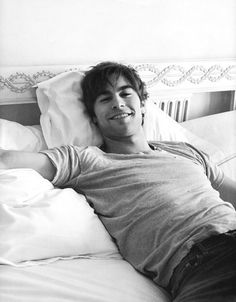 Chace Crawford or Nate Archibald Gossip girl Chace Crawford, Gossip Girls, Estilo Gossip Girl, Gossip Girl Nate, Nate Archibald, Beautiful Boys, Pretty Boys, Beautiful People, Perfect People