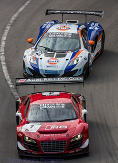 https://flic.kr/p/hEwXtx | Macau GP 2013 - City of Dreams GT Race - Audi R8, 1 and McLaren MP4-12C, 23 | Close racing