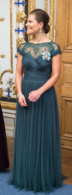 ENGLISH: Crown Princess Victoria of Sweden. SVENSKA: Kronprinsessa Victoria av Sverige.