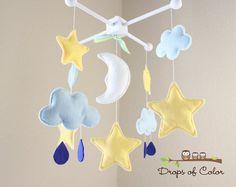 Lit bébé Mobile - Mobile bébé - Twinkle Star Mobile - étoiles, nuages, lune et Drops Design - décor de pépinière (vous pouvez choisir vos couleurs) on Etsy, 100,41$ CAD