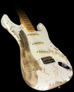 Fender Custom Shop Exclusive Masterbuilt '57 Stratocaster Ultimate Relic Electric Guitar White Blonde