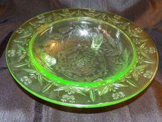 Vintage Green Depression Glass Serving Bowl Flat Edge