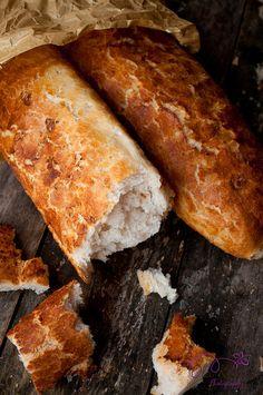 Baguette picnic picnic for picnic Bread Bun, Bread Rolls, Bread Recipes, Cooking Recipes, Bread And Pastries, Fresh Bread, Artisan Bread, Bread Baking, Love Food