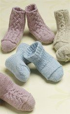 Darling free knitted baby booties from Knitting Daily.