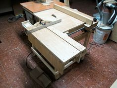 Wooden Table Saw by Lucas Contreras -- Homemade, wooden table saw scratch-built and powered by a circular saw mounted below the table. http://www.homemadetools.net/homemade-wooden-table-saw