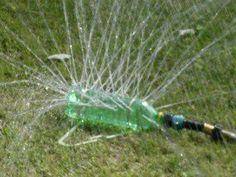 Um regador de jardim de garrafa PET!!!! Este é fácil de fazer!