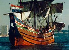 Halve Maen - Hoorn (1989 - Zeiljacht - 3-master - 21 meter) http://www.vocsite.nl/schepen/detail.html?id=11743 https://www.marinetraffic.com/en/ais/details/ships/shipid:224475/mmsi:244110044/vessel:HALVE%20MAEN/_:d4e4243a372bd64410933e71e2c9eb3a https://www.marinetraffic.com/en/ais/details/ships/shipid:425573/mmsi:366464000/vessel:HALVE%20MAEN/_:d4e4243a372bd64410933e71e2c9eb3a