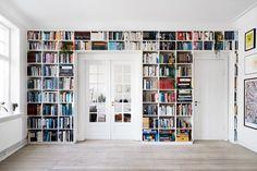 Home Library Rooms, Home Library Design, Home Libraries, Küchen Design, House Design, Interior Design, Design Desk, Bookshelf Design, Bookshelves