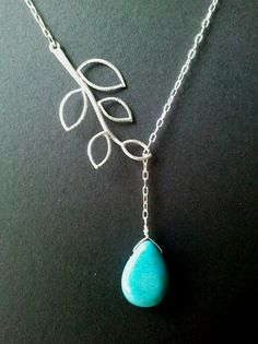 15% SALE Leaves with Turquoise Pendant por LaLaCrystal en Etsy