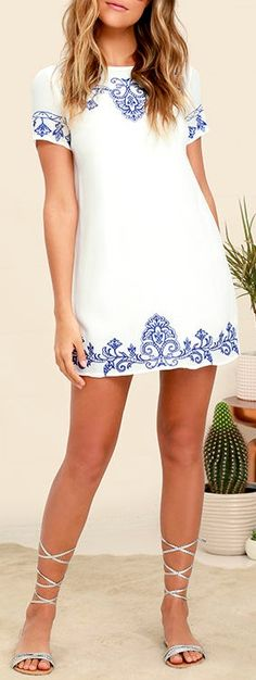 Tale to Tell Blue and Ivory Embroidered Shift Dress Cute Dresses, Casual Dresses, Short Dresses, Casual Outfits, Summer Dresses, Look Fashion, Fashion Outfits, Womens Fashion, Dress To Impress