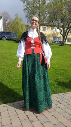 Female and Male Bunad from Namdalen – 'Namdalsbunad' Folk Costume, Costumes, Norway, All Things, Scandinavian, Traditional, Female, Beauty, Ideas