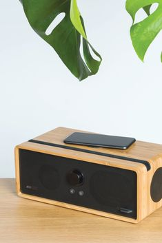 Studio quality compact speaker with Airsound technology. With multiroom WiFi, wireless charging and USB-C fast charging, the DOCK is a powerhouse of technology that looks, feels and sounds superb. Music Speakers, Home Speakers, Bluetooth Speakers, Wooden Speakers, Music System, Speaker Design, Boombox, Entertainment System, Listening To Music
