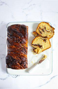 Chocolade babka met hazelnootboter
