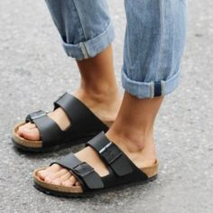 SOLD Black Birkenstocks Arizona sandal Worn few times, perfect condition! Selling because I have two pairs - only thru Ⓜ️ or pypal. Size 38/7 Birkenstock Shoes Sandals