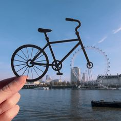 Paper artist travels the world with cutouts and camera - Awesome! Around the World in Cut-Outs by Paperboyo