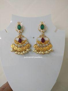 Gold Jhumka Earrings, Jewelry Design Earrings, Gold Earrings Designs, Gold Jewellery Design, Small Earrings, Pendant Jewelry, Kids Jewelry, Trendy Jewelry, Simple Jewelry