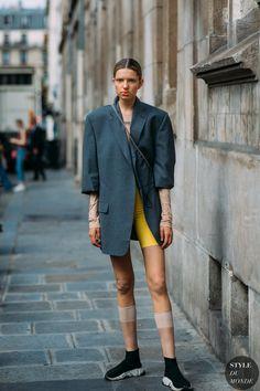 Barbora Bruskova by STYLEDUMONDE Street Style Fashion Photography20180704_48A0375