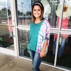NEW ARRIVAL- this tie dye top is perfect for back to school! It goes great with the dark skinnies!