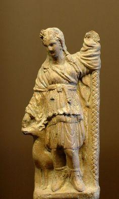 Artemis Smyrna Louvre CA2172. Artemis as huntress. Terracotta, Smyrna, 1st century BC.