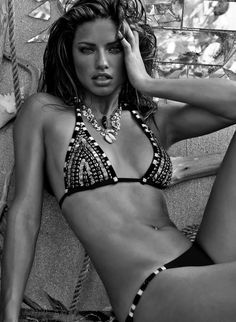 She has been on of my favorite models since foreverrrr #AdrianaLima