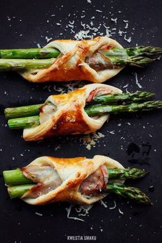No recipe, but would use puff pastry, Gruyer cheese, prosciutto and blanched asparagus
