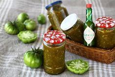 Dulceață de gogonele pentru iarnă – picantă și delicioasă Hot Sauce Bottles, Preserves, Pickles, Cucumber, Diy And Crafts, Canning, Mai, Food, Preserve
