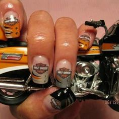 Perfect Harley-Davidson nails done right!