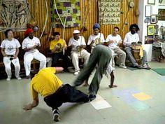 capoeira angola mestre cobra mansa e treinel daniel