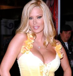 Jenna Jameson - The Queen of Porn! I haven't seen any of her films (I don't watch porn...too graphic!) but her NY Times Bestselling autobiography How To Make Love Like A Porn Star: A Cautionary Tale definitely changed my life! A very successful entrepreneur, girlfriend of UFC champ Tito Ortiz, mom of twins (Jesse & Journey) and really thee ONLY porn actress to cross over into mainstream pop culture, Jenna is  very smart, funny and has had her share of bumps and bruises, but it's her determination and resilience that amaze me the most about her.