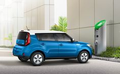 2015 Soul EV - The Soul EV's DC Fast Charge can get you from a completely empty battery to a nearly fully charge in about 30 minutes or less. And unlike some of the competition, DC Fast Charge is standard in every Soul EV.