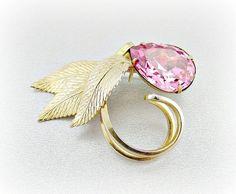 Vintage Gold Leaf Brooch Pin Pink Rhinestone by RedGarnetVintage