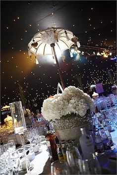 Evening wedding decor