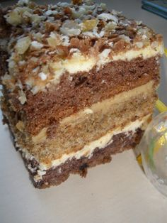 Orzechowiec Polish Food, Polish Recipes, Sweet Recipes, Cake Recipes, Albanian Recipes, Hungarian Cake, Different Cakes, Poke Cakes, Tray Bakes