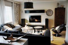 livingroom // Tine K home // Gammalt och nytt // Gamla möbler // Desing by // Ikea // Reunion Home // Marimekko Lumimarja // Iittala // Aalto maljakko //