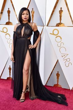 Take a look at the 2018 Oscars red carpet outfits that got everyone talking.