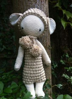 LUPO the lamb made by Manon H. / crochet pattern by lalylala